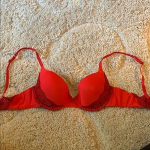 34B push-up bra